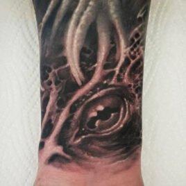 Tommy-Tattoo-10